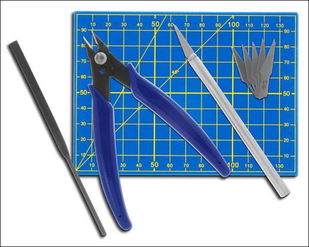 Werkzeugset für Plastikmodellbau